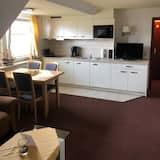 Apartment 3 - Essbereich im Zimmer