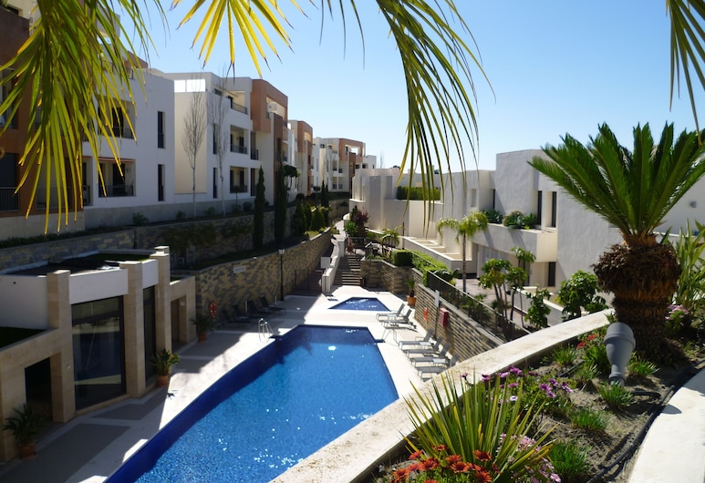 Luxurious Apartment With Spa Area, Marbella, Outdoor Pool