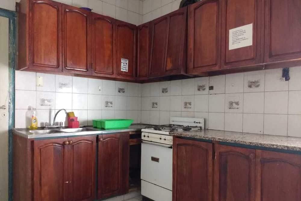 Phòng Tiêu chuẩn, Nhiều giường - Bếp chung