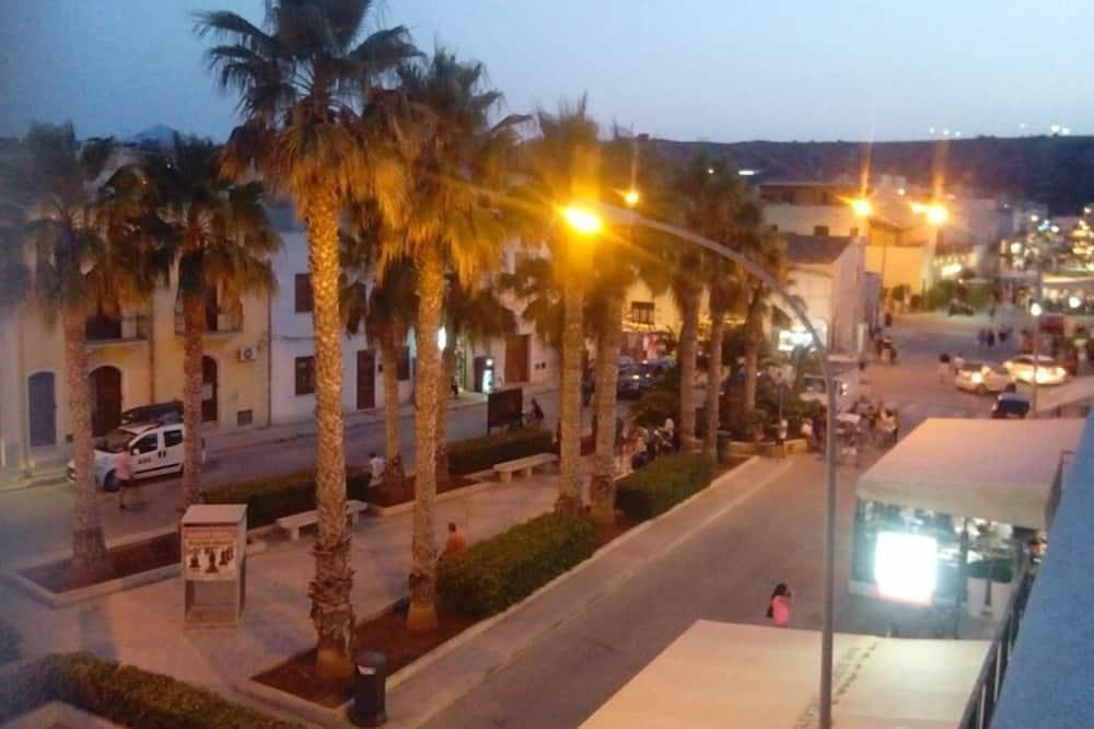Double Room (Scorpius) - Street View