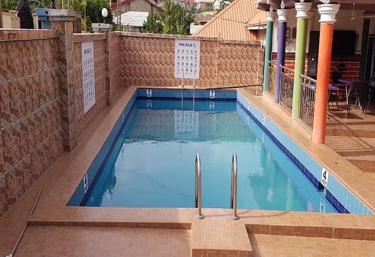 Holiday Home Hotel, Kumasi, Piscina