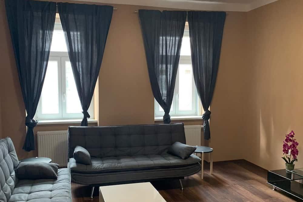 Apartemen (Klein) - Ruang Keluarga