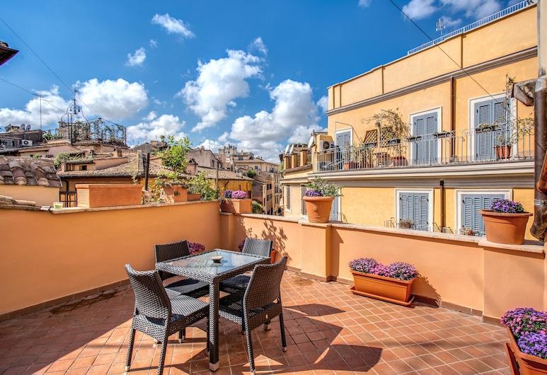 Holiday Vip Navona, Rome, Panoramic Apartment, 2 Bedrooms, Terrace/Patio