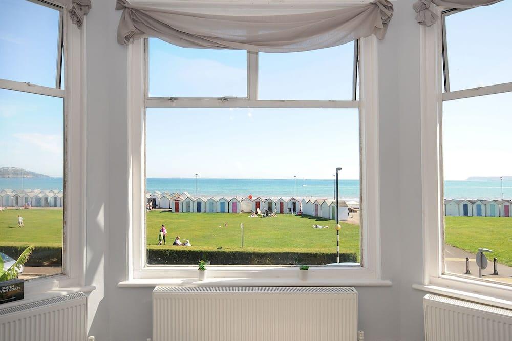 Luxury Apartment, Private Bathroom, Sea View (29B) - Room