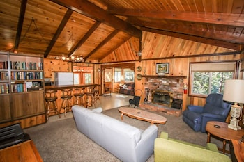 Picture of Cabin Idle Ours-933 by Big Bear Vacations in Fawnskin