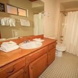 Коттедж, 2 спальни - Ванная комната