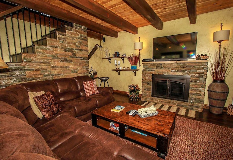 如此甜蜜酒店 - 1531 大熊假期酒店, 大熊湖, 單棟房屋, 2 間臥室, 客廳