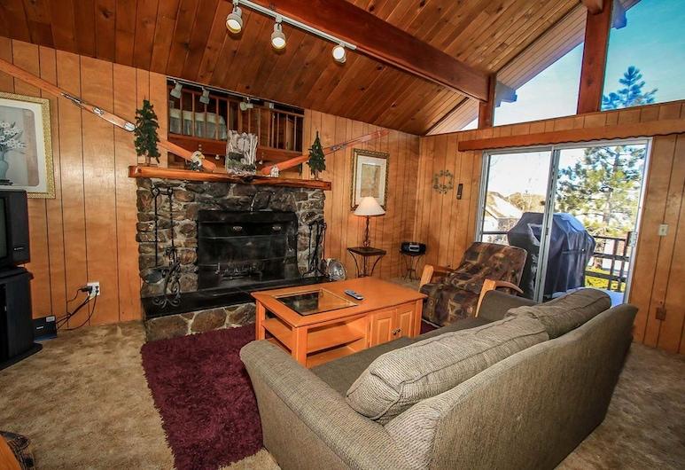 熊爸爸酒店 - 1493 大熊假期酒店, 大熊湖, 單棟房屋, 2 間臥室, 客廳