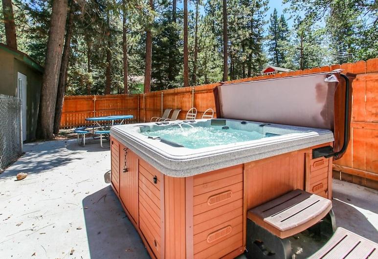 Moonridge Pines-1872 by Big Bear Vacations, Биг-Биар-Лейк, Спа-ванна на свежем воздухе