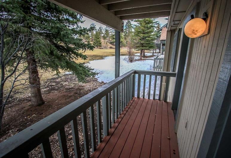 Sunny Side Up-1343 by Big Bear Vacations, Big Bear Lake, Condo, 2 Bedrooms, Balcony