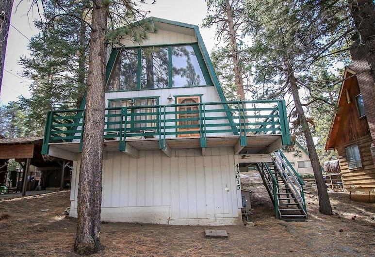 Three Bears Cabin-1574 by Big Bear Vacations, Danau Big Bear