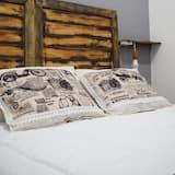 Double Room, 1 Queen Bed - Guest Room