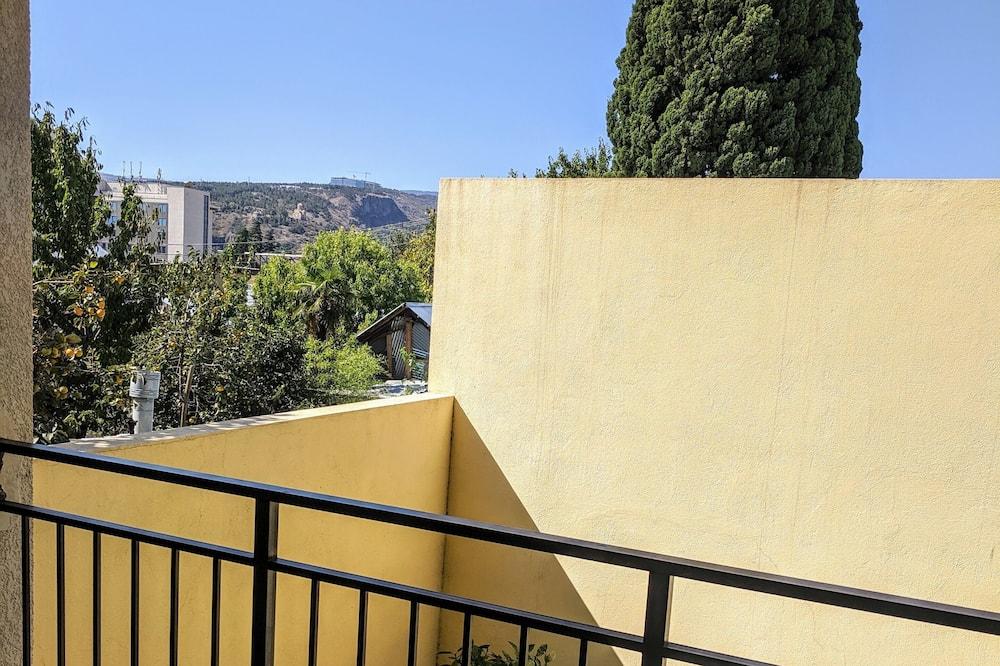 Classic Tek Büyük Yataklı Oda - Balkon