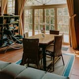 Deluxe Villa (incl. 400 EUR cleaning fee) - In-Room Dining