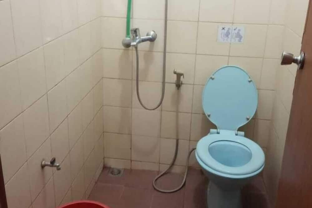 Standard Room - Bilik mandi
