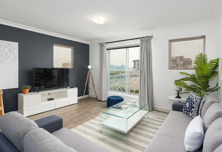 Monte Blu B8 - Adults Only, Cape Town, Comfort Room, 3 Bedrooms, Living Area