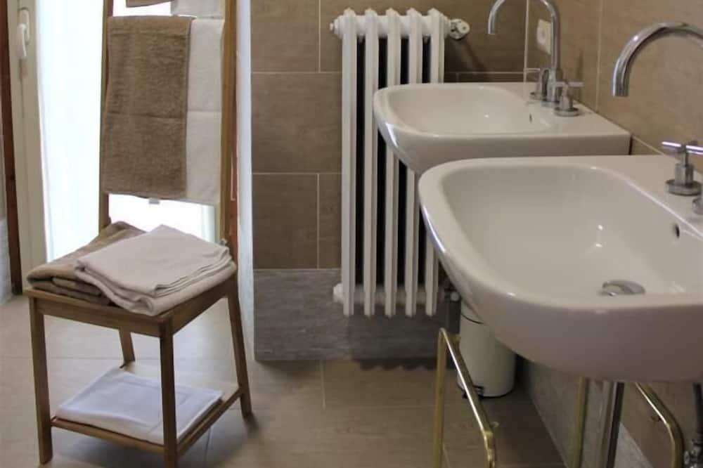 高級客房 (Arianna) - 浴室