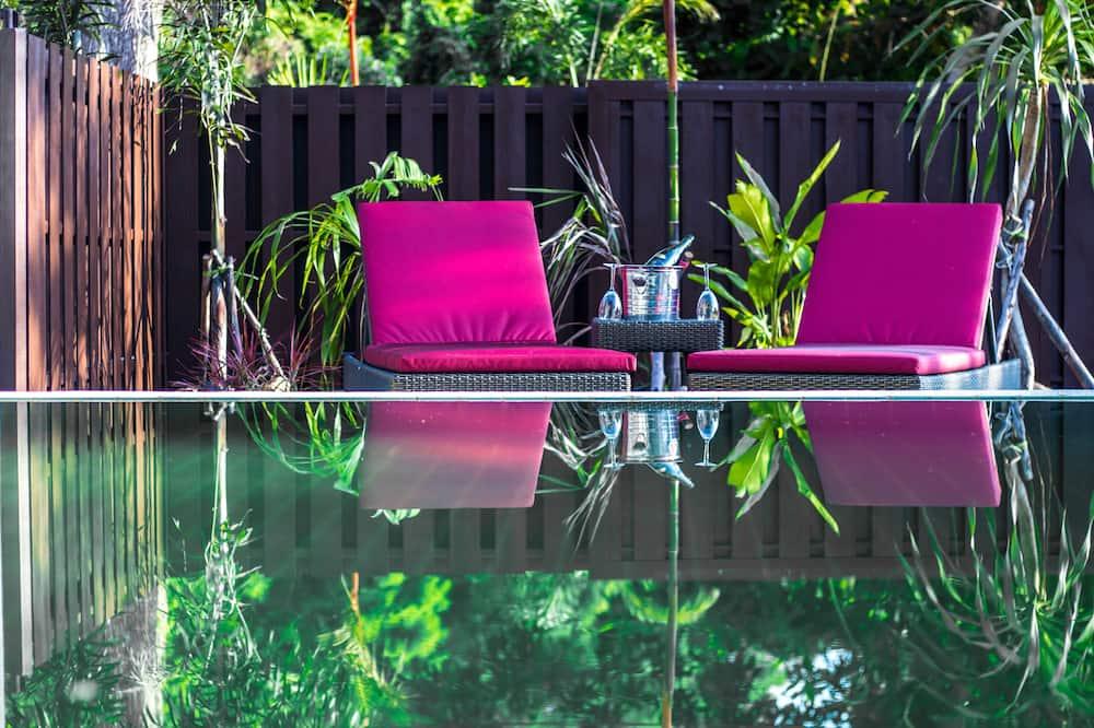 Luxury-Villa - Pool