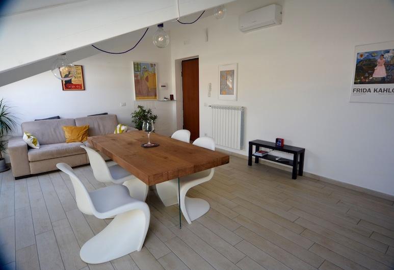 Royal Loft by Wonderful Italy, Napoli, Appartamento, 1 camera da letto, Area soggiorno