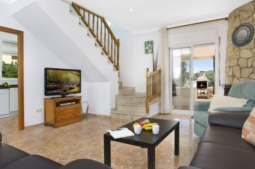 Villa, 4 Bedrooms, Private Pool, Mountain View - Living Room