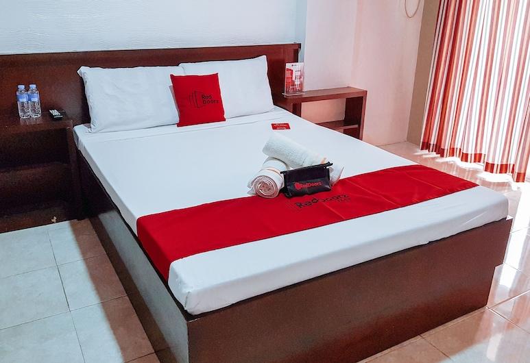 RedDoorz @ Caimito Drive Dampas, Tagbilaran, Deluxe Room, Guest Room