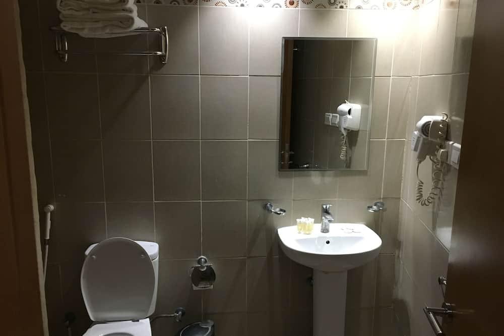Kambarys šeimai (Quintuple) - Vonios kambarys