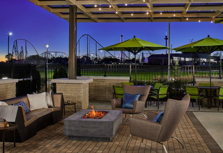 SpringHill Suites by Marriott Charlotte at Carowinds, Charlotte, Terrasse/patio