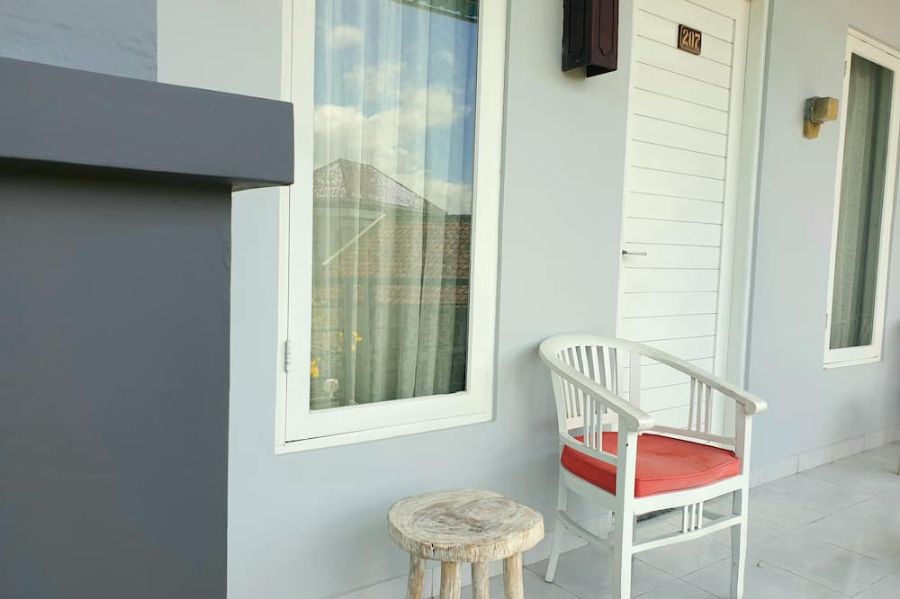 Comfy Room 207 - Balcony