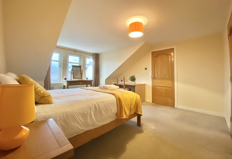 Cloverfield Rooms, Inverness, Double Room, Private Bathroom, Room
