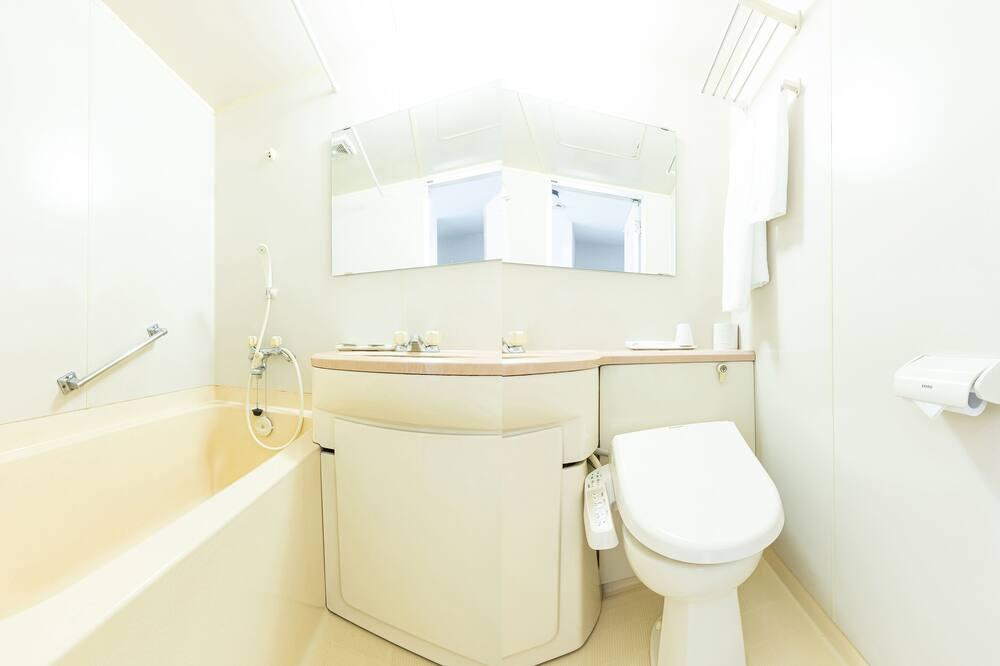 Jednolôžková izba, fajčiarska izba - Kúpeľňa