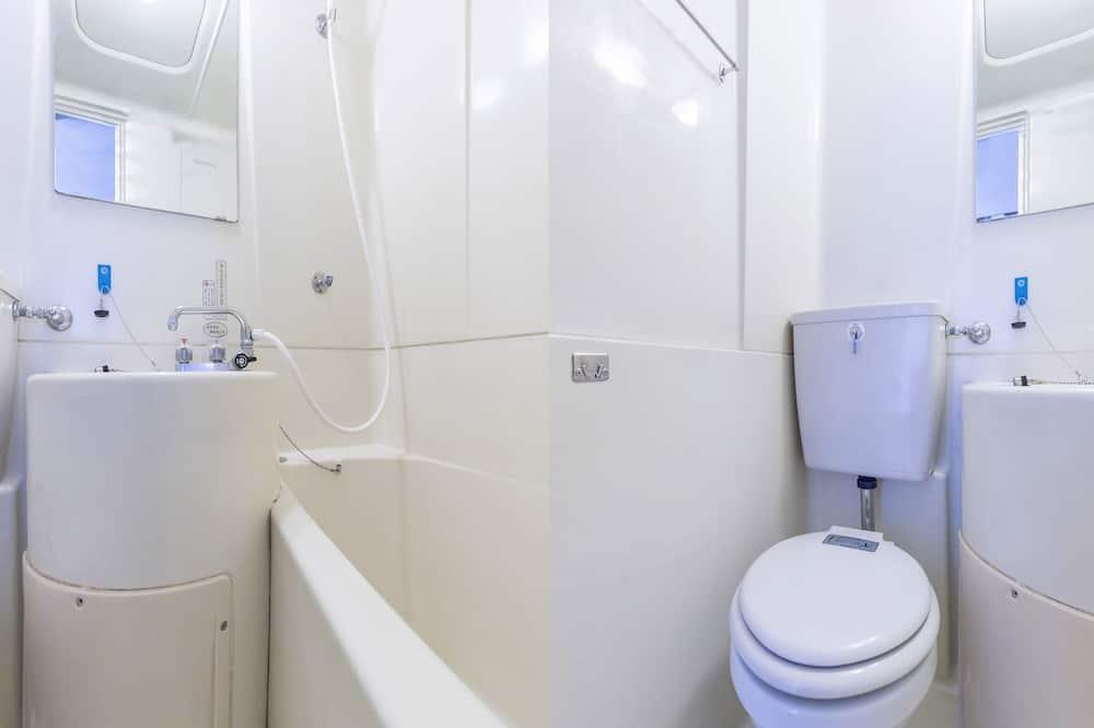 חדר יחיד, ללא עישון - חדר רחצה