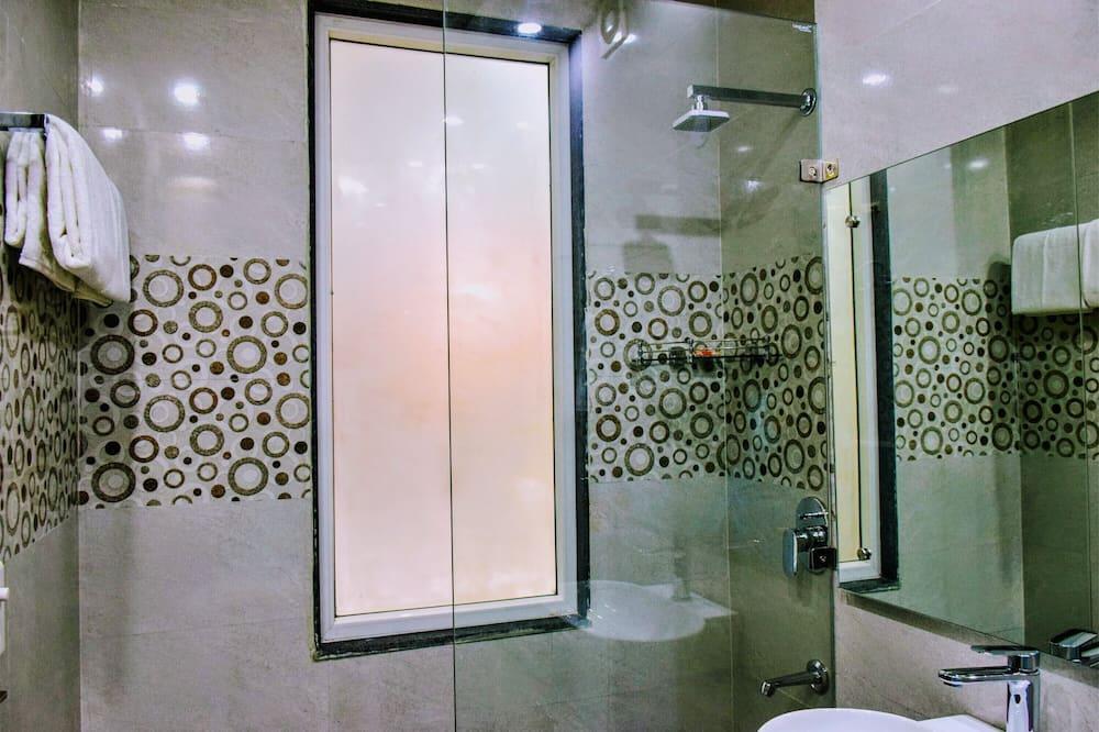 經濟開放式客房 - 浴室