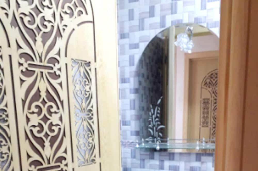 Căn hộ, Quang cảnh thành phố - Phòng tắm