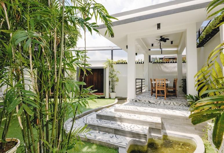 1075 Dormitel, Cebu, Hage
