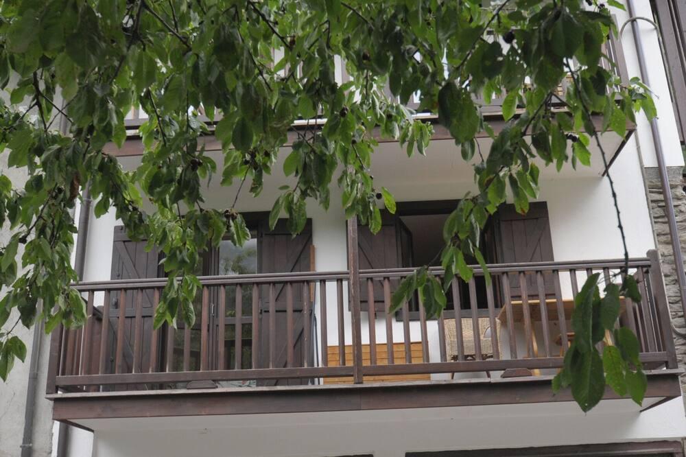 Апартаменти, 2 спальні, з балконом - Балкон
