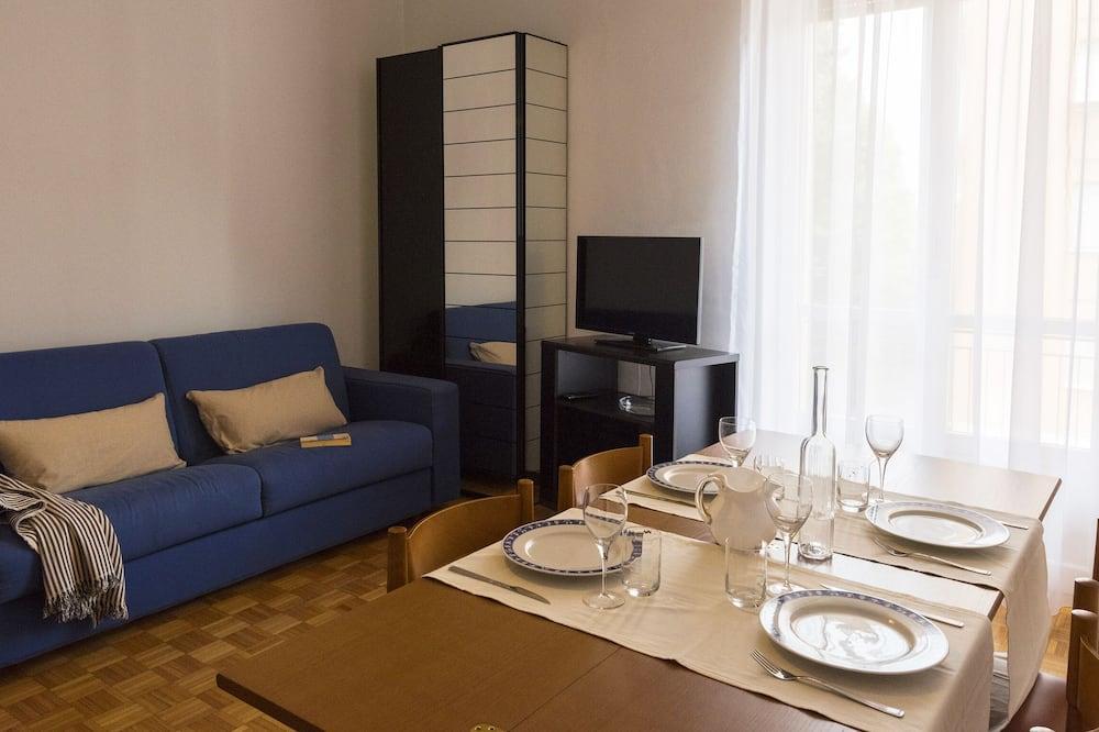 Apartment, Balcony (1 Bedroom) - Living Room
