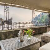 Villa (5 Bedrooms) - Balkon