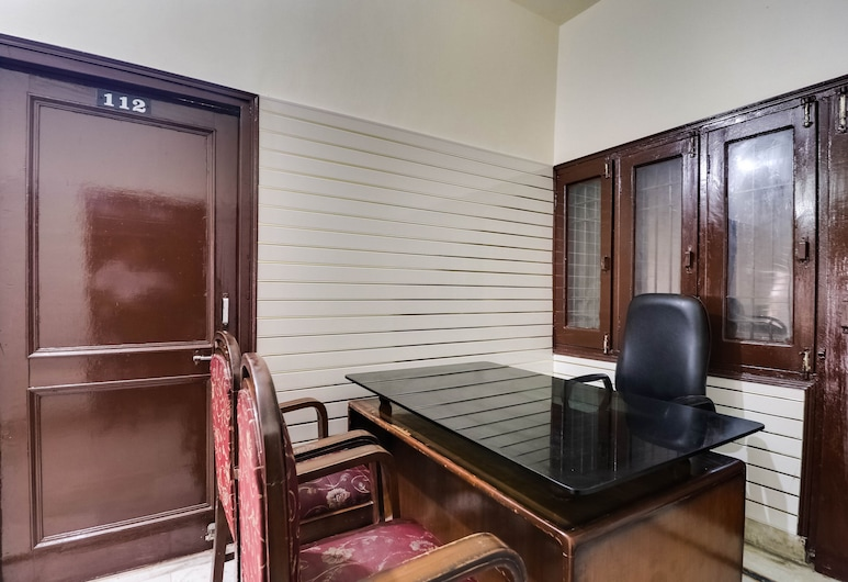 SPOT ON 48494 Hotel Ashiana, Rajpura, Receção