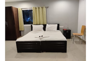 Picture of Capital O 23543 Hotel Vaishnavi in Hyderabad
