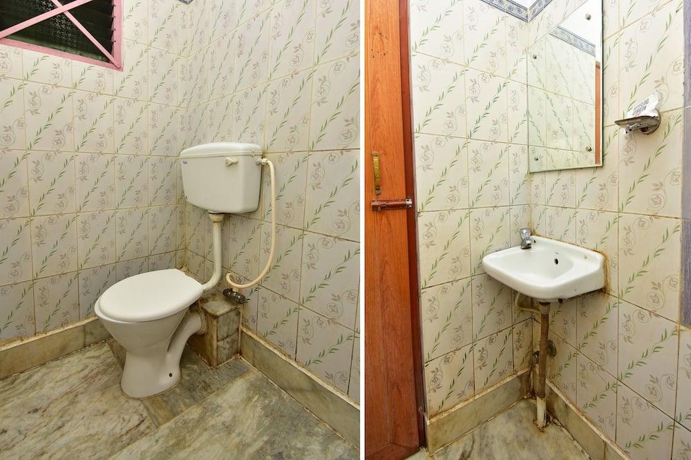 غرفة مزدوجة أو بسريرين منفصلين - حمّام