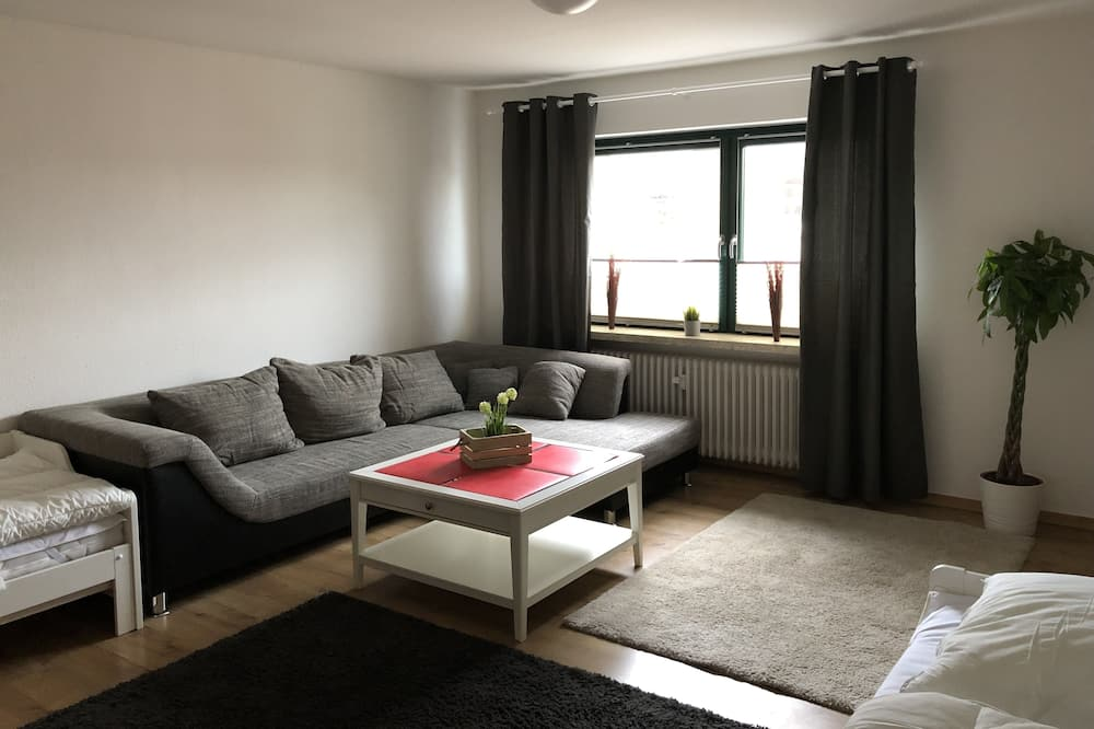 Apartment (incl.cleaning/sheets/towels fee 90EUR) - Living Area