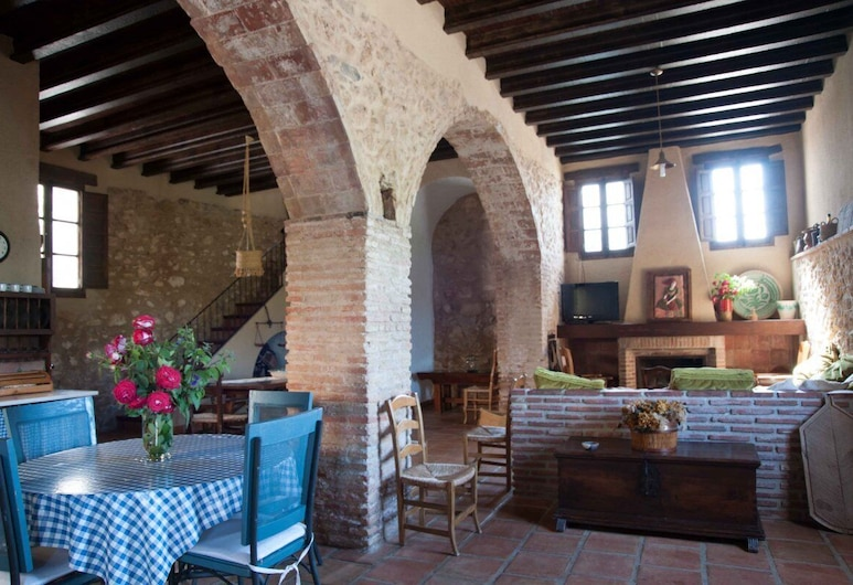 Arcos del Capellán, Ardales, Family House, 4 Bedrooms (Lagar), Living Area