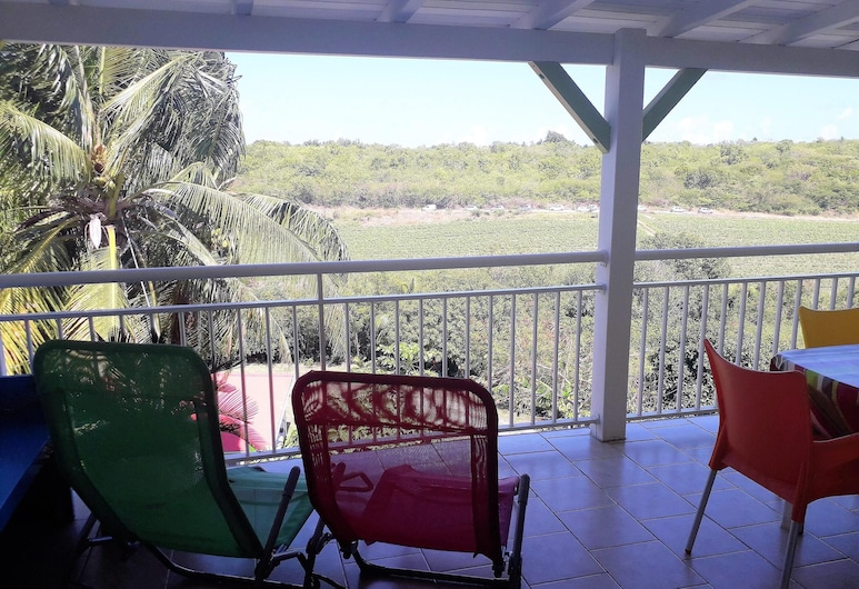 Apartment With 2 Bedrooms in Saint-françois, With Furnished Terrace and Wifi - 800 m From the Beach, Saint-François, Terraza o patio