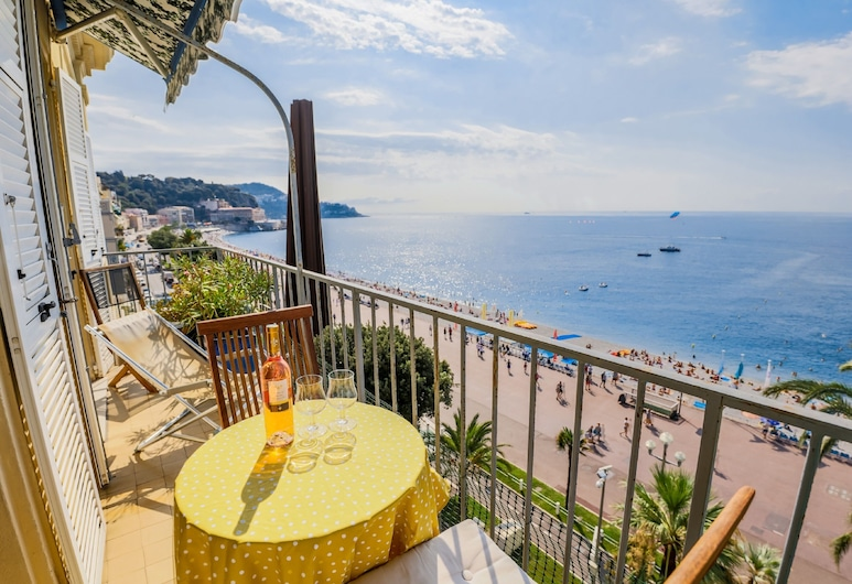 Au Beau Rivage AP2049 by Riviera Holiday Homes, Nice