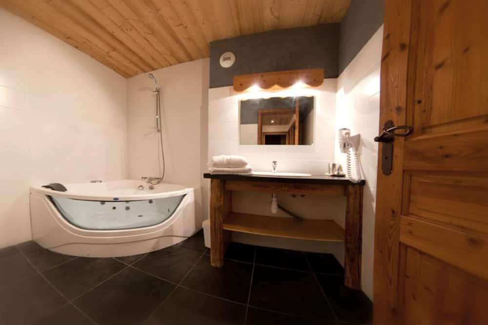 Apartamento de Luxo, Casa de Banho Privativa, Vista Montanha (GALTA) - Casa de banho