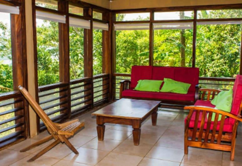 Totoco Ecolodge- Authentic Ecotourism, Остров Ометепе, Семейный коттедж, Балкон