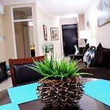 Business Villa - In-Room Dining