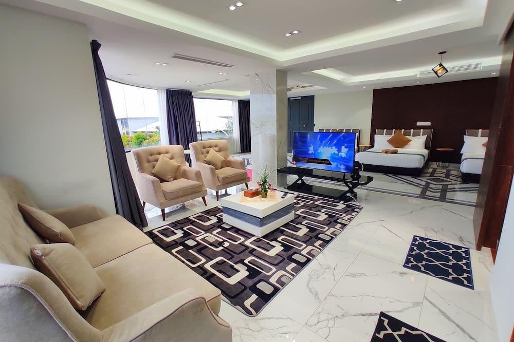 Семейная студия-люкс (Deluxe) - Зона гостиной
