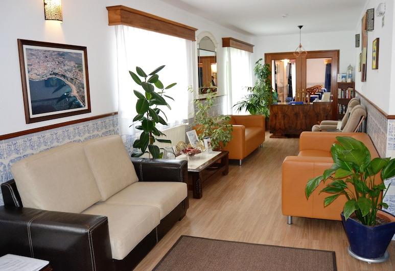 Hotel Camarão, Mafra, Lobby Sitting Area