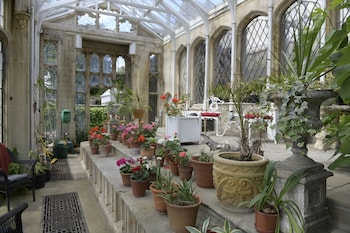 Picture of The Orangery Apartment in Bristol